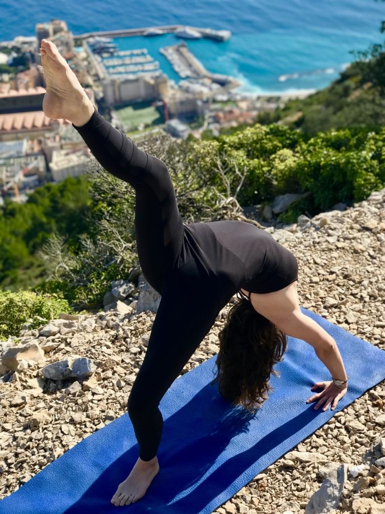 Kelly éclat de vie Cours privé de YogaKelly éclat de vie Cours privé de Yoga
